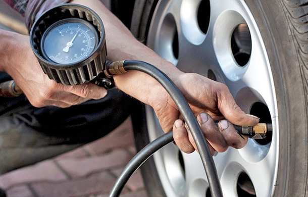 Hệ thống giám sát áp suất lốp xe