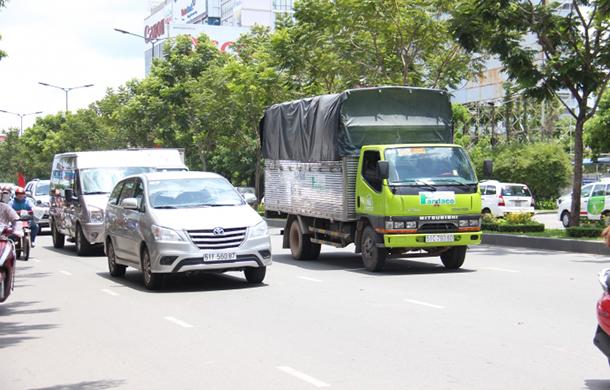 Thời gian cấm xe tải chạy nội thành