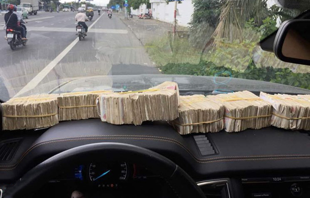 Đóng phí bằng tiền lẻ