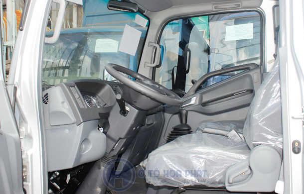 Nội thất xe tải Jac 2t4 Isuzu