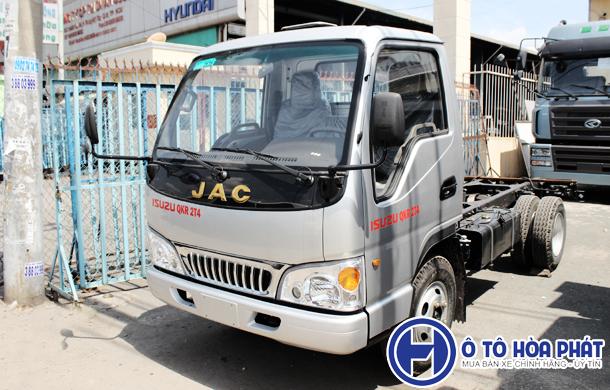 Xe tải Jac 2t4 chạy thành phố